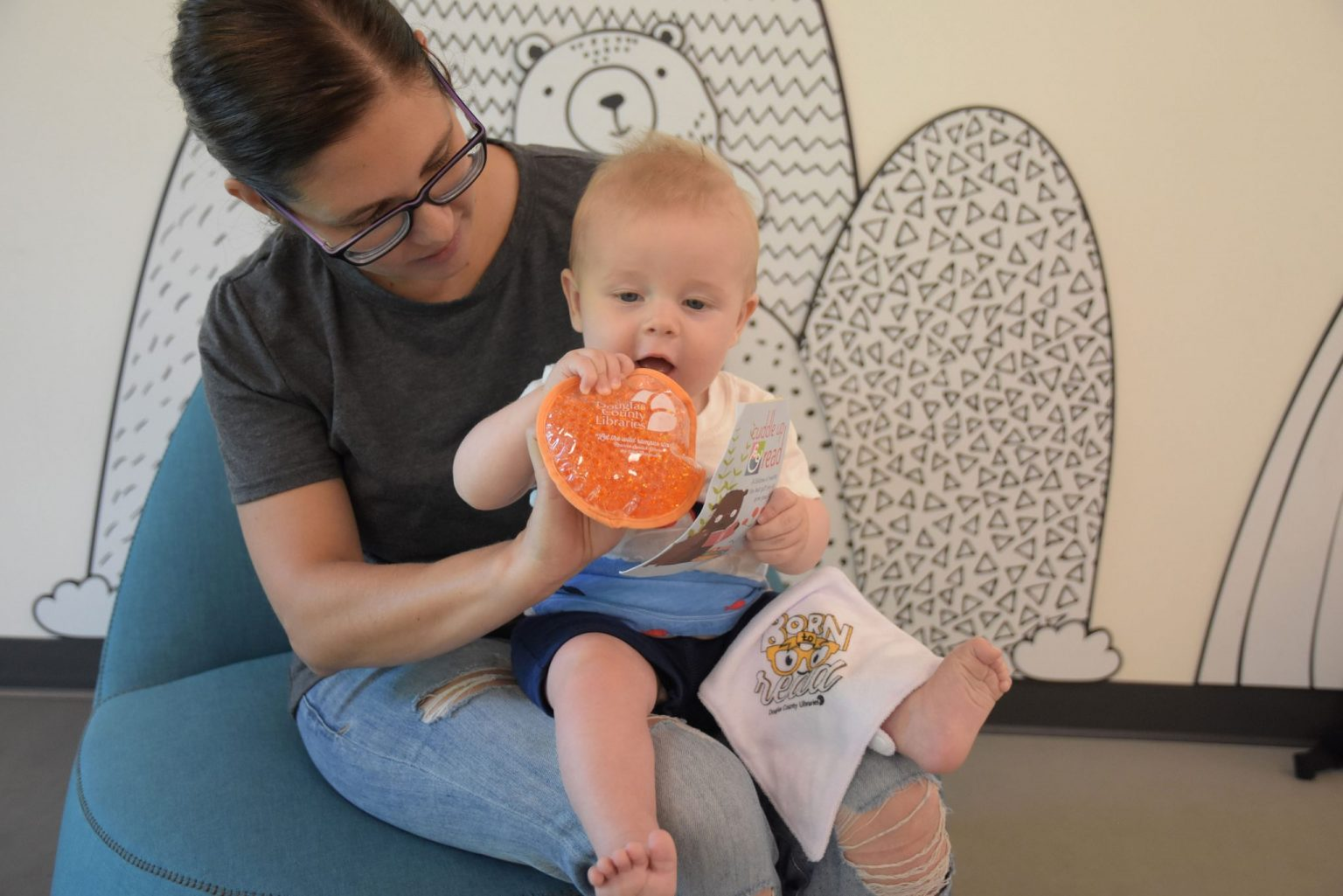 Cuddle Up & Read provides new parents with a meaningful introduction to the library and its early literacy services.