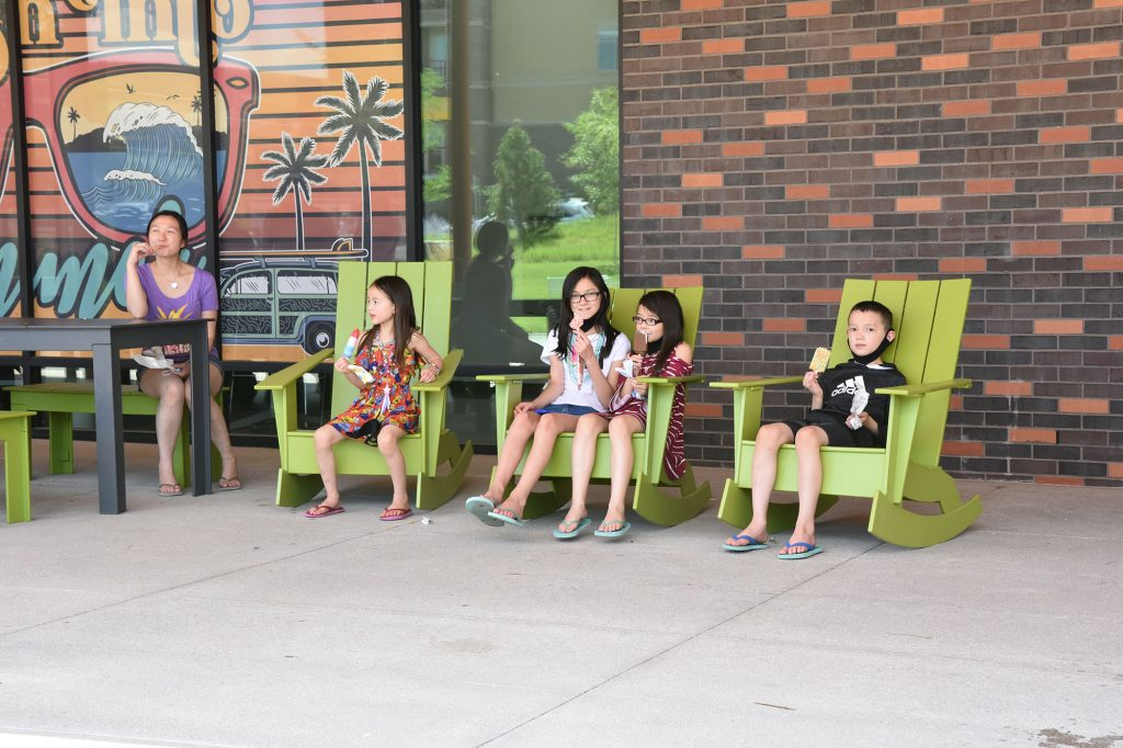 DCL customers enjoyed free ice cream treats in celebration of the library's Splash Into Summer reading program.