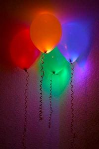 cool-glow-stick-balloons-2