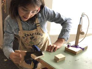 girl-woodworking